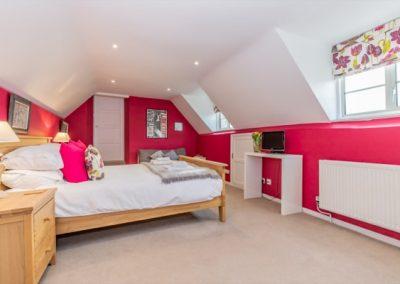 Stoke_House_Med85110_600x400-min
